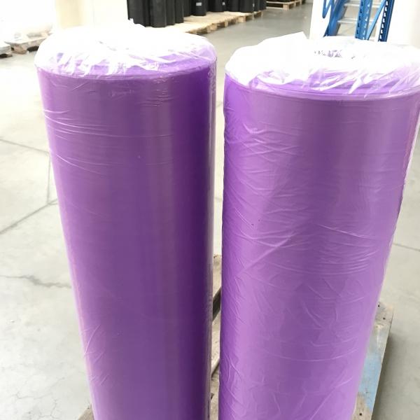 lila talajtakaró fólia